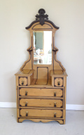 french antique dressing table