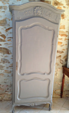 french antique bonnetier / armoire