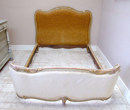 french capitone bed